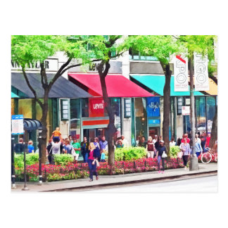 Chicago IL - Shopping Along Michigan Avenue Postcard