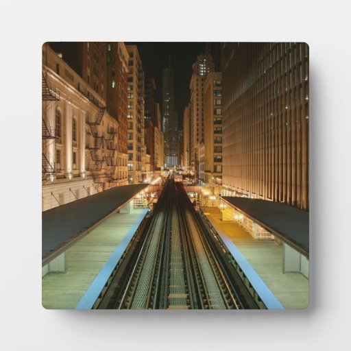 """Chicago """"L"""" estación en la noche Placas Con Fotos"""