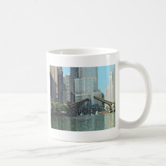 Chicago River Westward View Coffee Mug