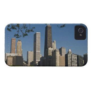 Chicago skyline and Lake Michigan, Lake Shore iPhone 4 Case