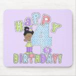 Chicas 4to cumpleaños feliz, afroamericano tapetes de ratones