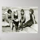 Chicas bonitos, los años 20 posters