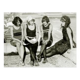 Chicas bonitos los años 20 tarjeta postal