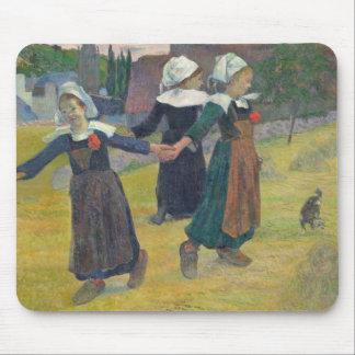 Chicas bretones que bailan, Pont-Aven, 1888 Tapete De Raton