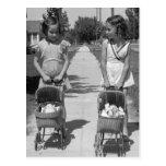 Chicas con Dolls, 1941 Postal