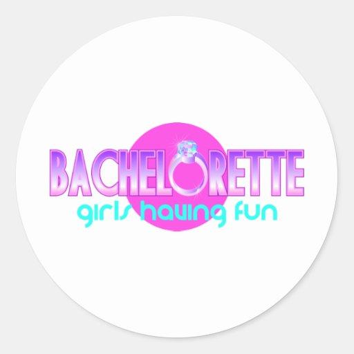 Chicas de Bachelorette que se divierten Pegatina Redonda