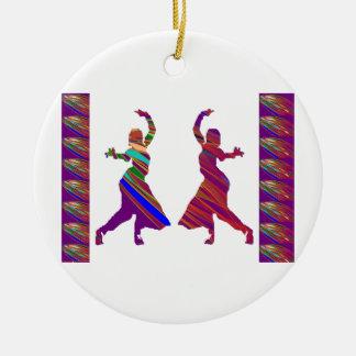 Chicas de BAILE:  Danza del estilo de Bollywood Adorno Navideño Redondo De Cerámica