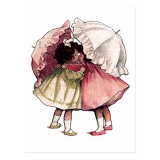 Chicas de día lluvioso del vintage tarjetas postales