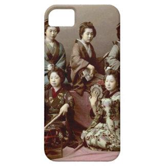 Chicas de geisha que tocan los instrumentos - funda para iPhone SE/5/5s