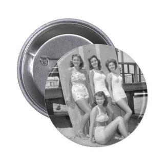 chicas de la persona que practica surf del vintage pins
