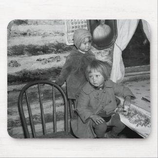 Chicas de Tipler Wisconsin, los años 30 Tapete De Ratón