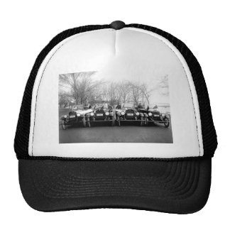 Chicas del encanto y foto clásica del vintage de l gorras de camionero