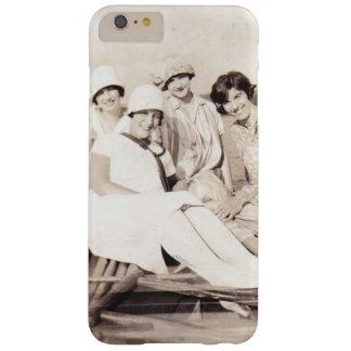 Chicas del vintage en los años 20 del barco de funda de iPhone 6 plus barely there