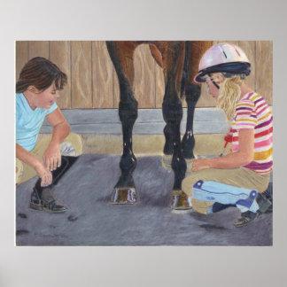 Chicas e impresión del arte del caballo póster