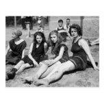 Chicas en la playa, 1900s tempranos postal