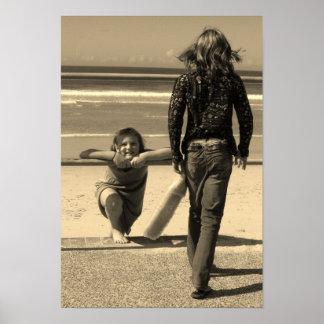 Chicas en la playa .......... póster