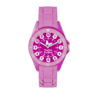 Chicas púrpuras, reloj rosado, blanco del nombre