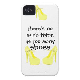 Chicas que aman amarillo de los zapatos Case-Mate iPhone 4 cárcasa