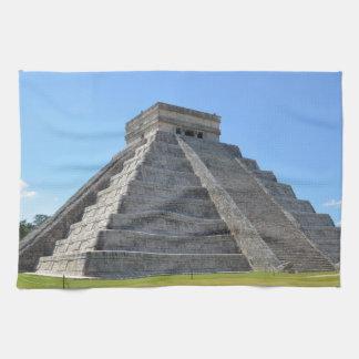 Chichen Itza Mexico Kukulkan Pyramid 7 Wonders Towel