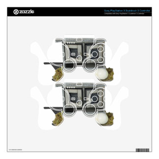 ChickenCoop031415.png PS3 Controller Skin