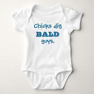 Chicks dig bald guys onsie baby bodysuit