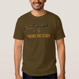 Chicks Dig (FN) Scars (Light) T-shirt