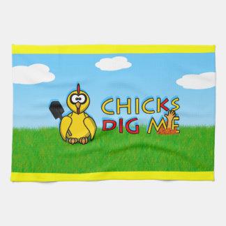 Chicks dig me! towels