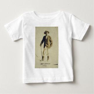 Chief Geronimo Standing Portrait 1904 T-shirt