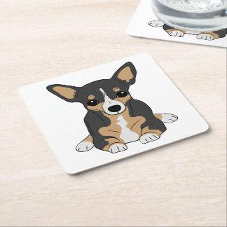 Chihuahua tricolora posavasos de cartón cuadrado
