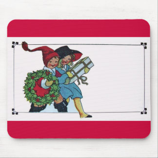 CHILDREN WITH CHRISTMAS GIFTS MOUSE PAD