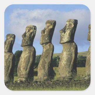 Chile, isla de pascua, Rapa Nui, Ahu Akivi Calcomanías Cuadradass