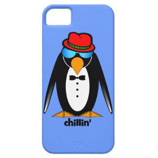 chillin del pingüino iPhone 5 fundas