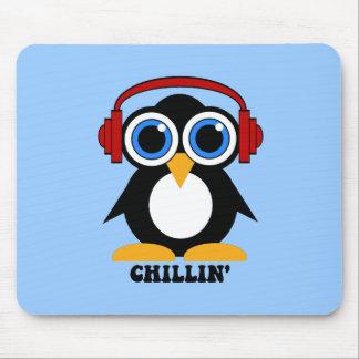 chillin del pingüino tapete de ratón