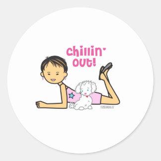 Chillin' out classic round sticker