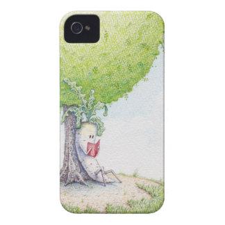 Chill'n de Dai-kun debajo de un árbol iPhone 4 Cobertura
