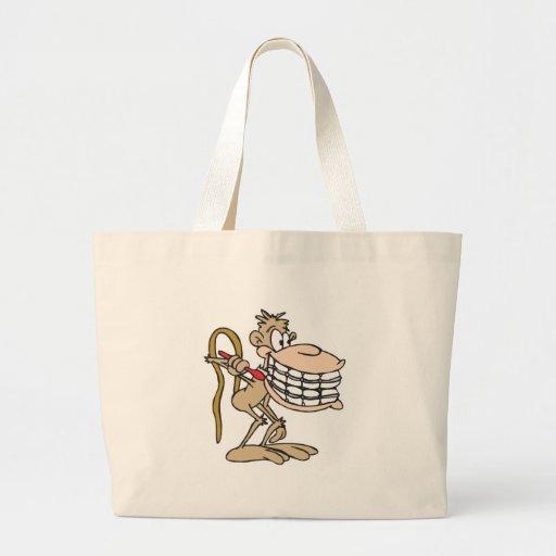 chimpancé con los apoyos bolsa