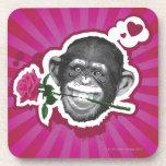 Chimpancé con un color de rosa en su boca posavasos de bebidas