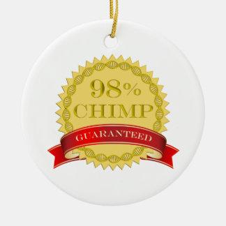 Chimpancé del 98% - garantizado adorno navideño redondo de cerámica