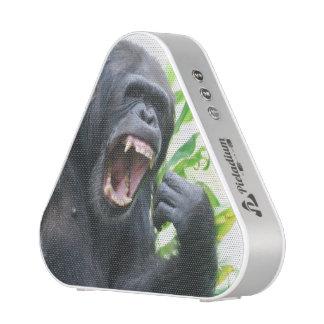 Chimpancé que descubre los dientes altavoz bluetooth