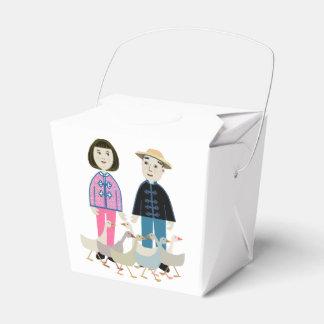 China boy and girl favor box