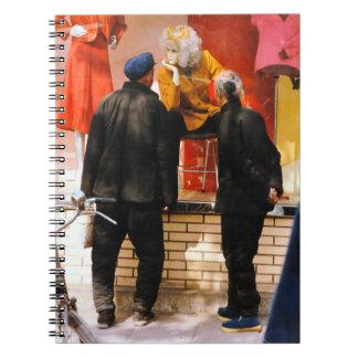 China en el invierno - compras de la ventana libros de apuntes