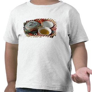 China, Hong Kong. Tetera y 3 del chino tradicional Camisetas