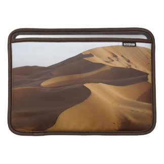 China, Inner Mongolia, Badain Jaran Desert MacBook Air Sleeve