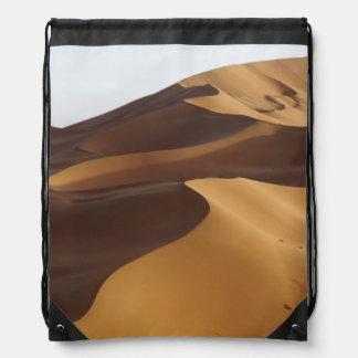 China, Inner Mongolia, desierto de Badain Jaran Mochila