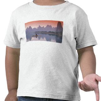China río de Li Solo pescador del cormorán Camiseta