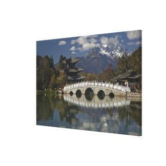 CHINA, Yunnan Province, Lijiang. Lijiang Old Canvas Print