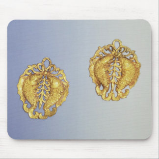 Chinese pendants, 17 carat gold plated mouse pad