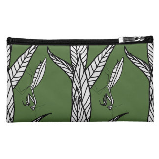 Chinese Praying Mantis On Leaves, Green Background Cosmetics Bags