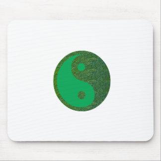 Chino de la balanza YIN YANG del verde del navinJO Alfombrilla De Raton