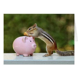 Chipmunk lindo con la imagen de la hucha del tarjeta de felicitación